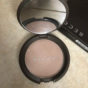 Becca Shimmering Skin Perfector Pressed (Opal)